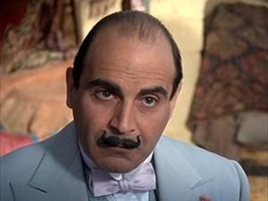 Poirotove sive stanice raskrinkavale su tijekom serije i najzamršenija umorstva, krađe i nestanke.